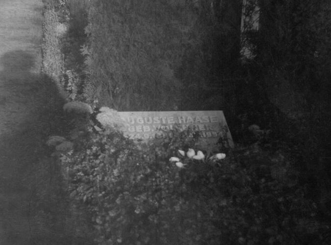 Haase & Christ, grave Hamburg