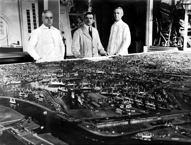 Erwin Haase - model of Hamburg city - WWII